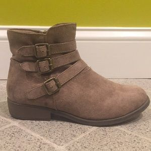 Sonoma Light Brown Boots